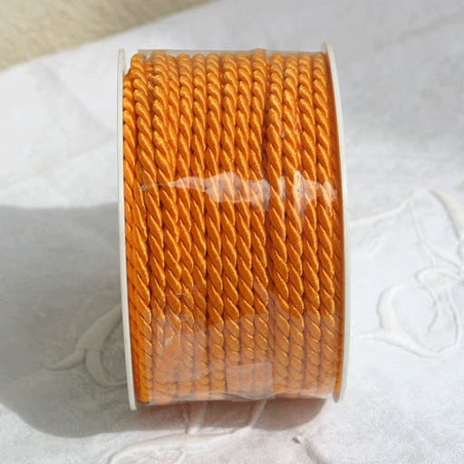 Cordelette en satin 4 mm orange