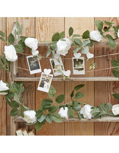 Guirlande Roses Blanches et Feuillage