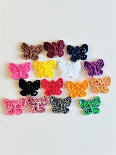 Ornement papillon broderie